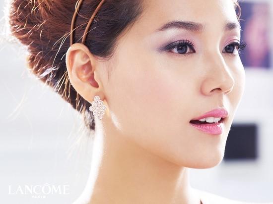 """""""Idol không tuổi"""" Sung Yu Ri và Eugene đánh bật loạt thần tượng nữ trong BXH mới"""