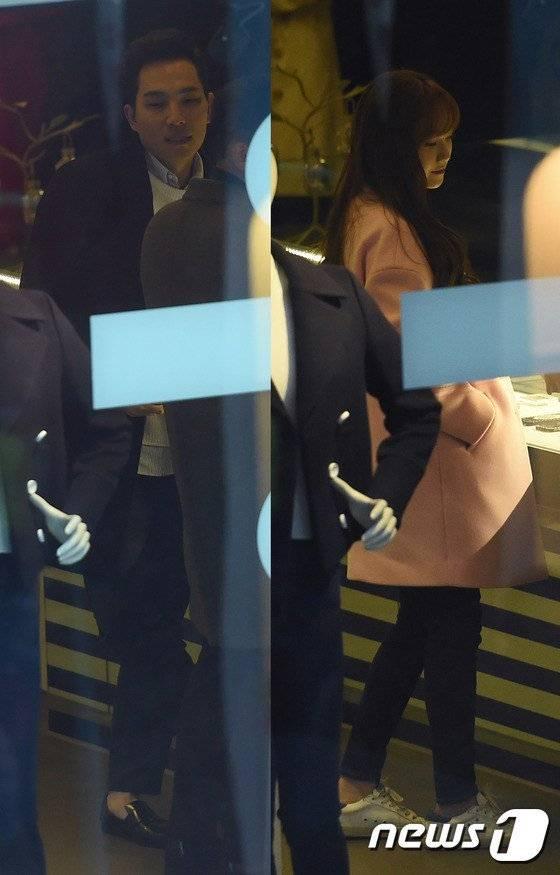 Jessica được Tyler Kwon hộ tống tình cảm tại sự kiện
