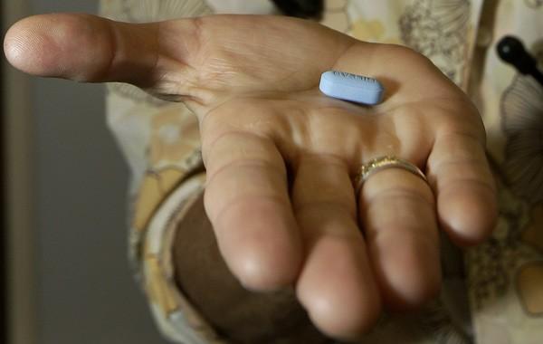 Chuyện về 'thần dược' trị HIV nhưng không ai dùng