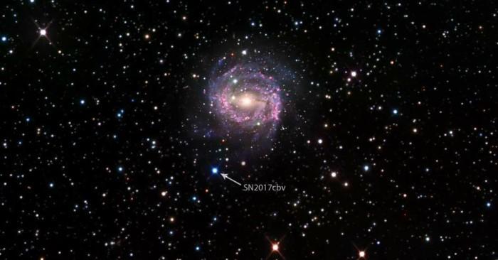 Giới thiên văn học lần đầu tiên quan sát được vụ nổ siêu tân tinh đẹp như phim viễn tưởng