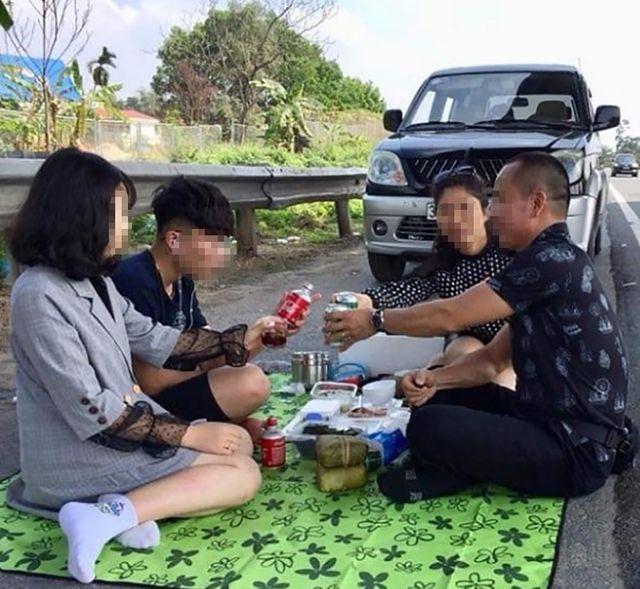 """Tài xế """"mở tiệc"""" trên cao tốc Nội Bài - Lào Cai có thể bị phạt 5,5 triệu đồng"""