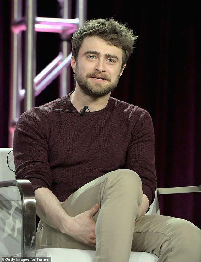 """""""Harry Potter"""" thừa nhận mượn rượu để quên đi áp lực của người nổi tiếng"""