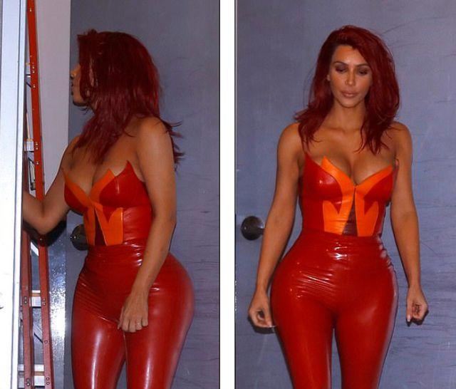 Kim Kardashian gây bất ngờ với tóc đỏ rực