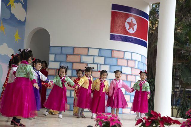 Những khuôn hình đẹp thanh bình của Việt Nam trên báo Hàn Quốc