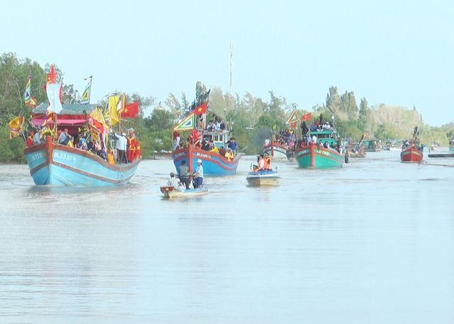 Sau tai nạn chìm tàu, siết chặt quản lý phương tiện tham gia lễ hội Nghinh Ông