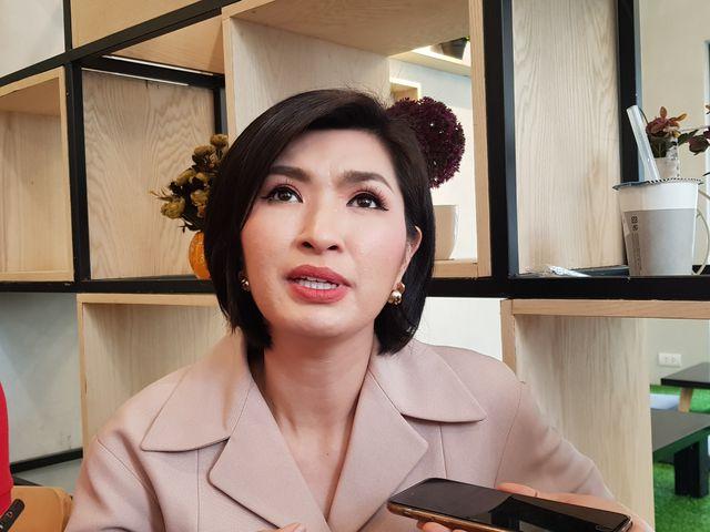 Sau scandal ảnh nhạy cảm, Nguyễn Hồng Nhung từng tự tử tại Mỹ