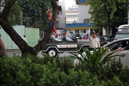 Tân Sơn Nhất mưa lớn trước giờ đón linh cữu nguyên Chủ tịch nước