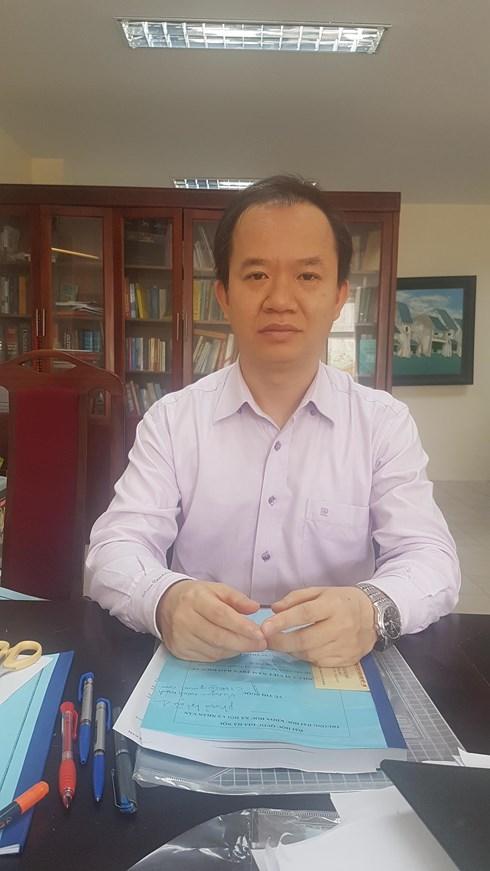 """Nhà báo """"quốc tế"""" và bệnh háo danh của người Việt !"""