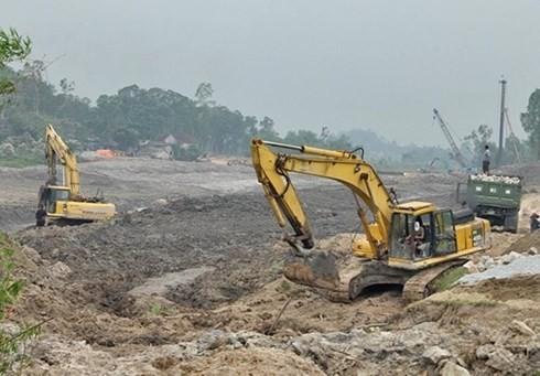 """Phát hiện bom """"khủng"""" tại dự án 460 tỷ ở Hà Tĩnh dù đã chi tiền tỷ rà phá bom mìn"""