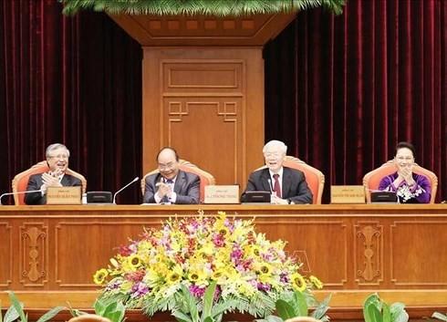 Trung ương thảo luận Chiến lược phát triển đất nước