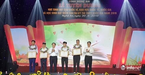 """Chủ tịch tỉnh Nghệ An: """"Truyền thống hiếu học đã trở thành giá trị văn hóa tiêu biểu"""""""