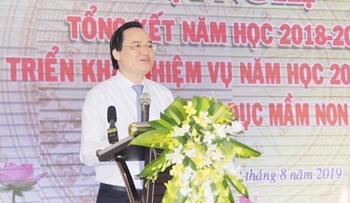 Bộ trưởng Phùng Xuân Nhạ nói gì từ sự cố trường Gateway?