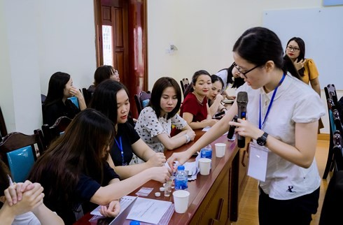 Dùng vật quen thuộc xác định nước sạch, nữ sinh Đài Loan khiến SV Việt Nam bất ngờ
