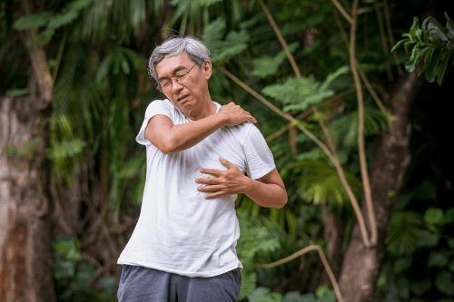 Ghế massage Maxcare Nhật Bản - quà tặng sức khỏe cho người lớn tuổi