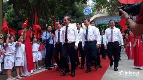 Phó Thủ tướng Trương Hòa Bình dự khai giảng tại Thanh Hóa