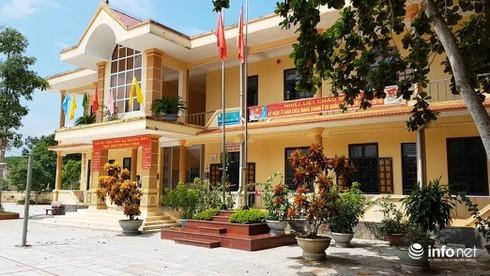 Quảng Bình: Trụ sở UBND xã đóng cửa trong giờ hành chính, cán bộ bận đi... đám ma