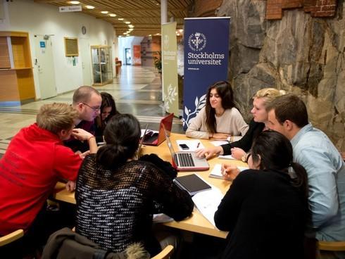 Những quốc gia nào miễn học phí đại học cho sinh viên?