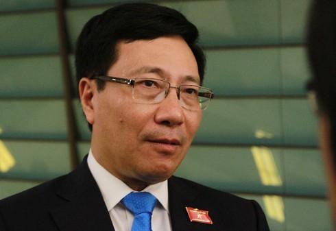 Phó Thủ tướng Phạm Bình Minh thông tin về vụ 39 người chết trong container ở Anh