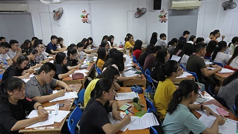 Làm gì để chấn chỉnh tình trạng dạy thêm, học thêm?