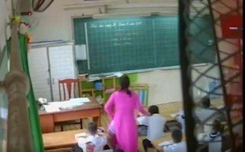 Cô giáo đánh học sinh lớp 2 nhận sai và xin chịu kỷ luật