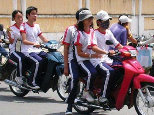 TPHCM: Xử lý 160 học sinh vi phạm luật giao thông