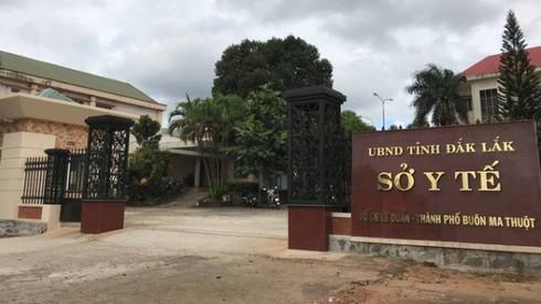 Xác minh 10 nhân viên y tế ở Đắk Lắk dùng bằng cấp không đúng quy định