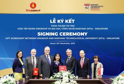 Vingroup tài trợ 5 triệu đô la Singapore cấp học bổng cho thạc sĩ, TS người Việt