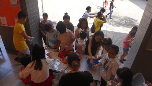 Trường Quốc tế Singapore tổ chức hội chợ Giáng sinh gây quỹ từ thiện
