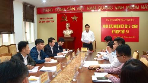 Quảng Ninh: Để 800 tấn than lậu ngang nhiên, loạt lãnh đạo phường bị kỷ luật