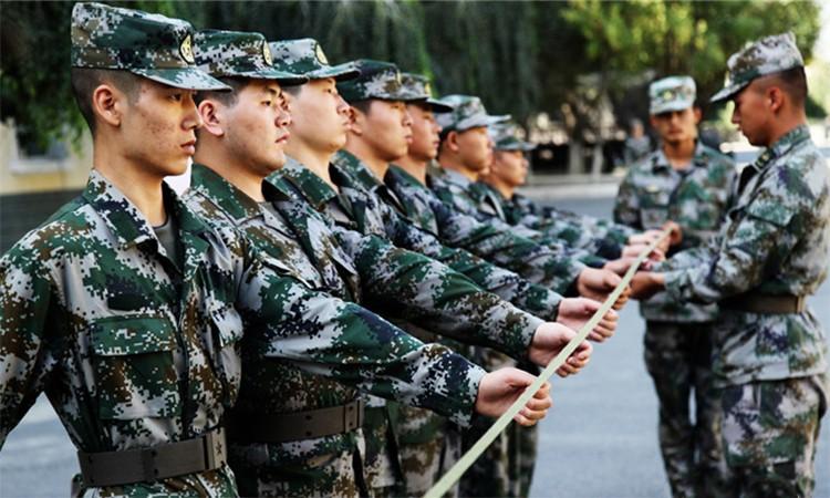 Quân nhân Trung Quốc bị trừng phạt vì đòi xuất ngũ