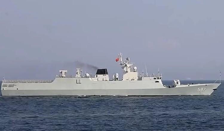 Trung Quốc tập trận bắn đạn thật