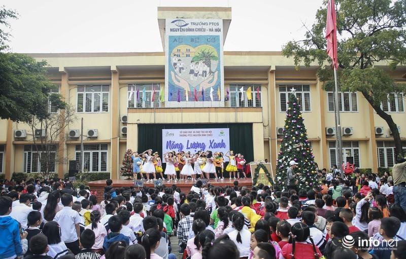 Noel sớm cho những học sinh khiếm thị Trường PTCS Nguyễn Đình Chiểu