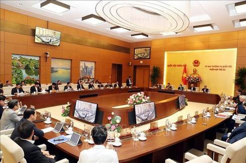 UBTV Quốc hội biểu quyết thông qua sáp nhập huyện Hoành Bồ vào TP Hạ Long