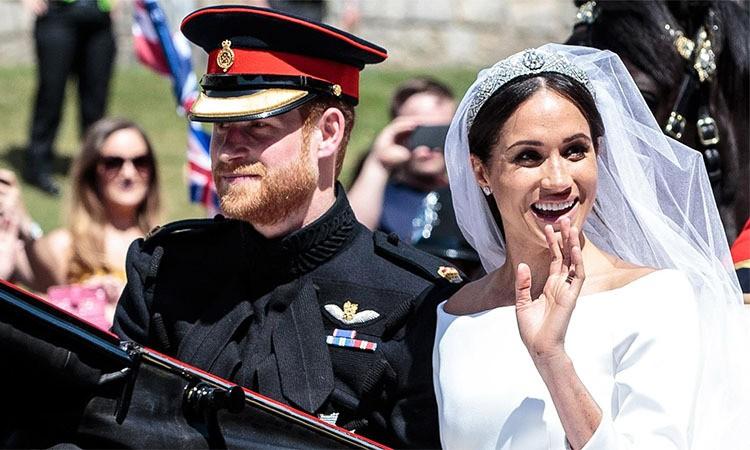 Thu nhập của vợ chồng Hoàng tử Harry đến từ đâu?