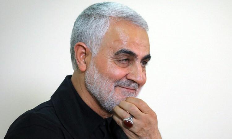 Nhận dạng tướng Iran bị giết bằng nhẫn