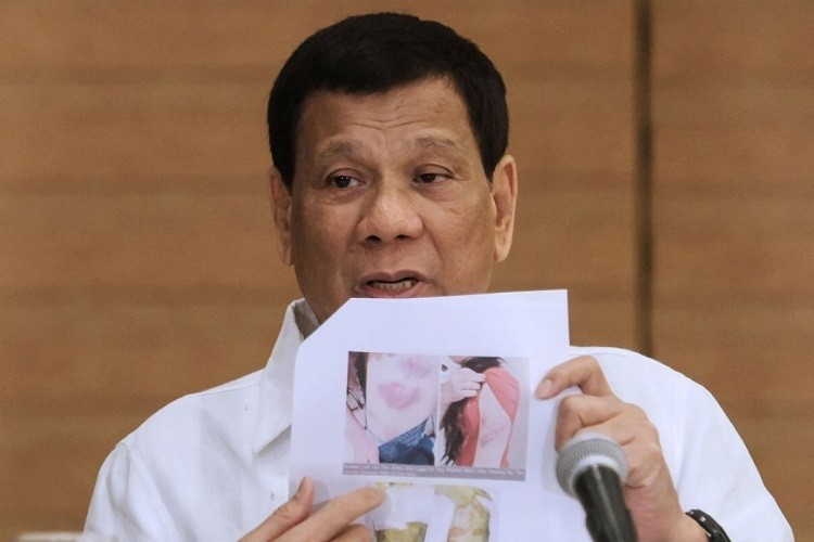 Duterte nổi giận