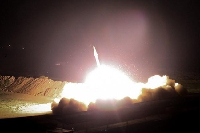 Iran phóng tên lửa vào lực lượng Mỹ ở Iraq
