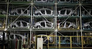 Ngành xe hơi toàn cầu lao đao vì dịch corona