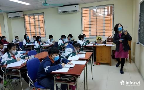 Nhiều học sinh nghỉ học, nhà trường tăng cường phòng chống nCoV