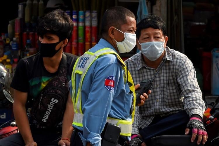 Campuchia dừng xuất nhập cảnh với Việt Nam