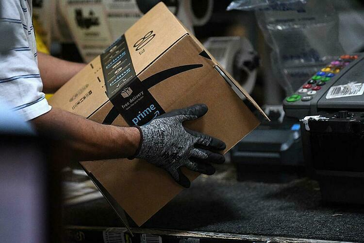 Amazon tuyển 100.000 nhân viên vì đại dịch
