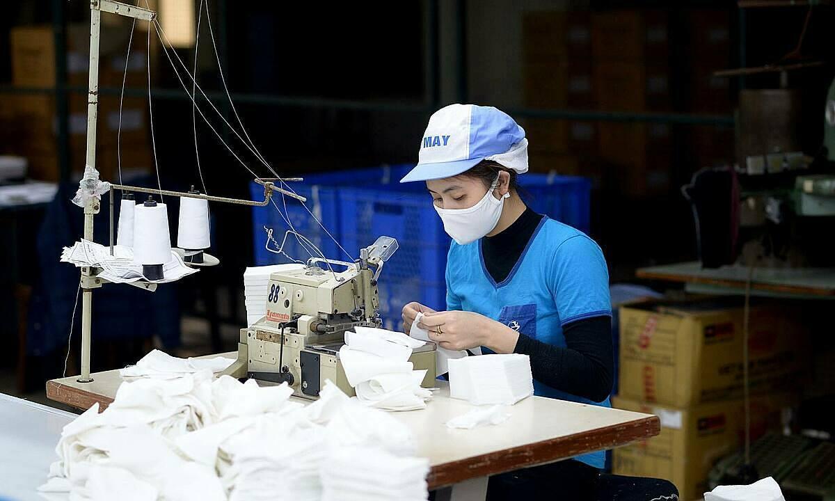 Xuất khẩu Việt Nam ảnh hưởng ra sao khi EU đóng biên giới?