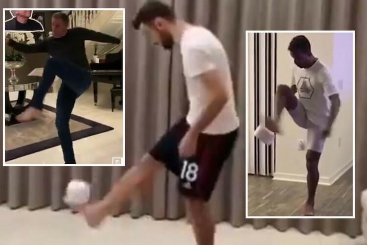 Cầu thủ Man Utd tâng giấy vệ sinh