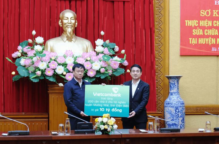 Vietcombank hỗ trợ 10 tỷ xây sửa nhà cho hộ nghèo Điện Biên